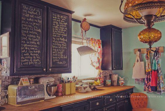 I want chalkboard cupboards.