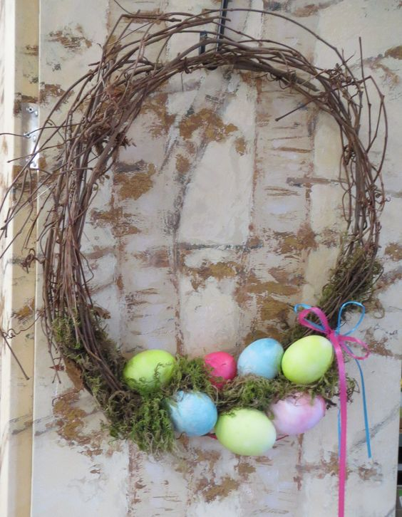 Egg Wreath made @ Bristol's Garden Center (Victor, NY) during the March 9th class. These eggs were dyed and blown out prior to the beginning of the class. Check out our classes! www.bristolsgardencenter.com