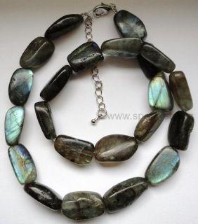 Luxusní náhrdelník z minerálu labradorit