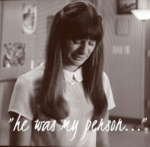 Glee - Rachel saying goodbye to Finn on tonight's episode...and my heart breaking