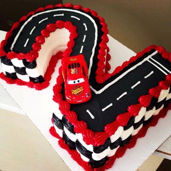 Lighting McQueen Cake
