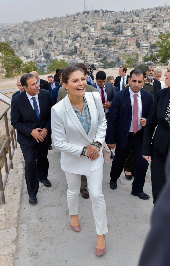 "Princess Victoria News on Twitter: ""Day 1 of the #royalvisit : arriving in Amman in Jordan and dinner with the Ambassador Erik Ullenhag… """