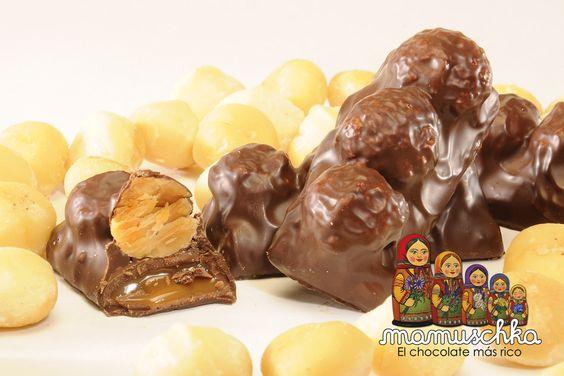 Macadamias con dulce de leche recubiertas de chocolate Mamuschka. Mamuschka, el chocolate más rico de Bariloche