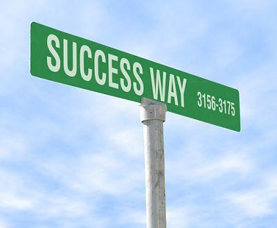 Lavorare incessantemente, sapere dire no, fare molti errori, avere una buona dose di grinta… Queste sono solo alcune delle peculiarità che accomunano i grandi uomini di successo, e che potrete approfondire in questo interessante articolo.