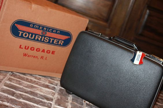 Small 19 American Tourister Tiara Briefcase / Business Suitcase in Silver Dusk (Dark Gray) AND Original Box!