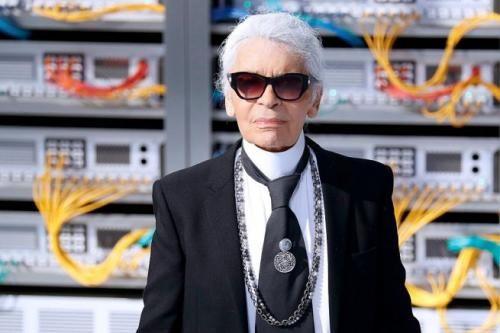 Spettacoli: #Karl #Lagerfeld #attacca Kim Kardashian: la rapina se l'è cercata (link: http://ift.tt/2dUgINH )