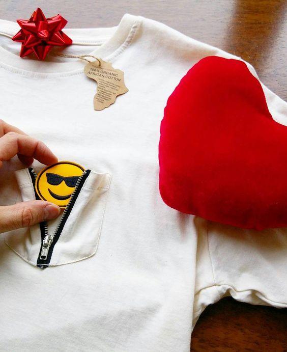I Love it! A present from my friend!  T-shirt @emotionzipshirt . Its a new brand 100% #organic cotton and I can change the #emotions  !!! . #gift #present #tshirt #emoticons #emoticon #sorpresa #regali #maglia #maglietta #modaitaliana #modauomo #modaonline #sanvalentino #regalo #felpa #valentineday #abbigliamento #newcollection #italia #italy  #instalove #instagood #love #amore #picoftheday #valentines #social #emotionzipshirt