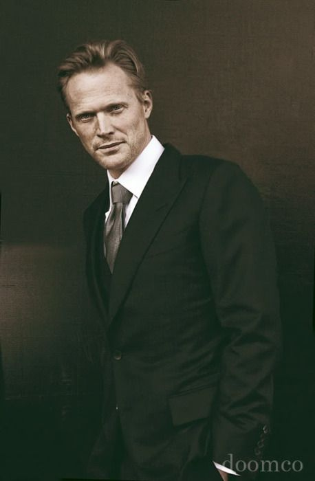 Too bad another Jennifer already has him…Paul Bettany, ladies and gentlemen!