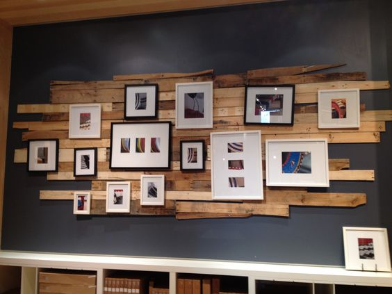 Reclaimed wood wall decor decorating pinterest - Decorating walls with pictures ...