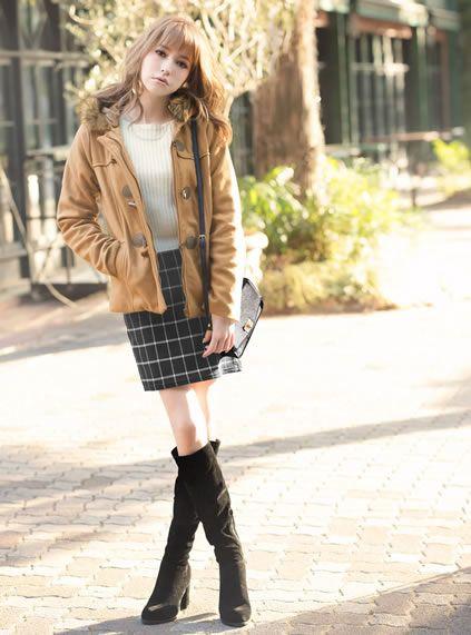 ちょっぴり大人風?ギャル系タイプのコーデ♡参考にしたいスタイル・ファッション