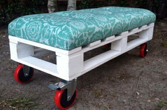 60 DIY Möbel aus Europaletten – erstaunliche Bastelideen für Sie - Möbel aus Europaletten gartenbank rollen
