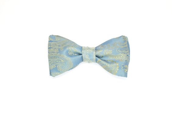 Light Blue Bow Tie. Blue Paisley Bow Tie. Self Tie by puriboutique