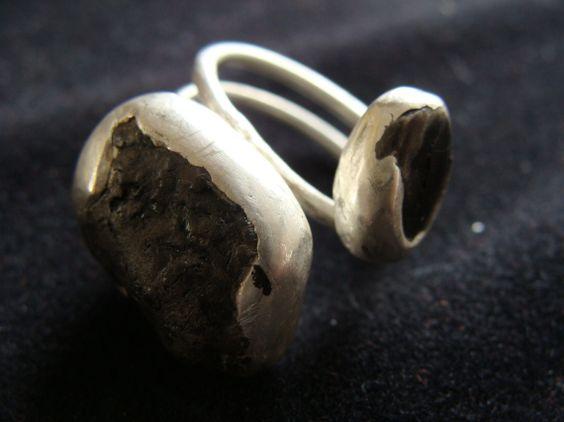 anillo lava volcánica / COSERYCANTAR.BCN - Artesanio