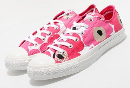 I love converse already, but these Marimekko ones are seriously needed.