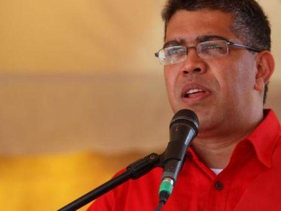 Jaua: El pueblo mantiene encendida la conciencia que sembró Hugo Chávez https://t.co/cb8GRywuzp #Venezuela