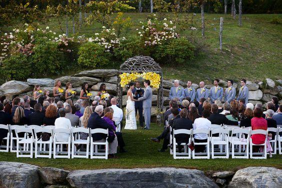 Anne Marie & Joey | CharlotteObserver.com | yellow and gray | Carolina Event Design | www.carolinaeventdesign.com