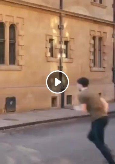Esse cara escala um prédio com tanta facilidade!!