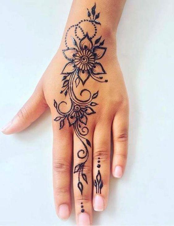 42 Trendy Henna Tattoo Design Ideas To Try In 2020 Simple Henna Tattoo Henna Tattoo Designs Simple Henna Tattoo Designs Hand