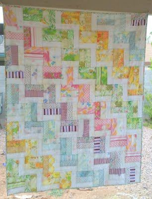 oh my! love it! Made entirely with vintage sheets: Sheet Quilt, Rail Fence Quilt, Quilting Ideas, Quilt Ideas, Baby Quilts, Rail Quilt, Vintage Sheet, Quilt Pattern