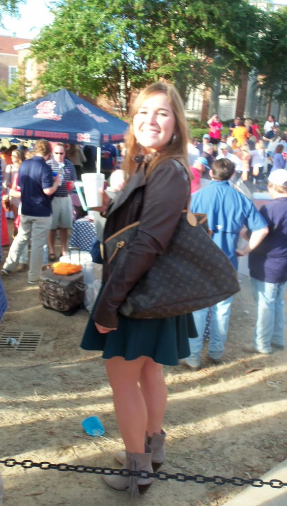Fashion in The Grove, Ole Miss, Blue dress, blue fashion, Oct. 18, 2014, Ole Miss vs TN, Hotty Toddy Fabulous