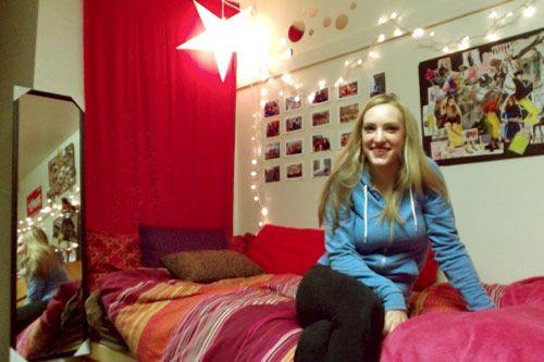 Amelea in her room