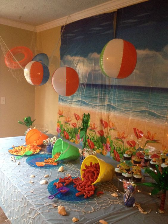 Beach party  - cool way to arrange chips