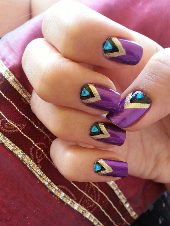 Orient nails