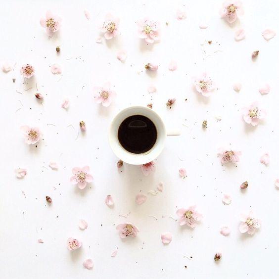 Tranquilizate, tómate un café... Y vive contando primaveras... ☕️ Melendi