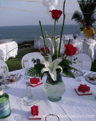 Ideas para centros de mesas fotos de centros de boda - Fotos de comedores elegantes ...