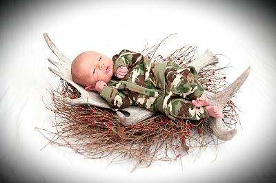 Great idea for a baby boy picture....my husband would love this!!