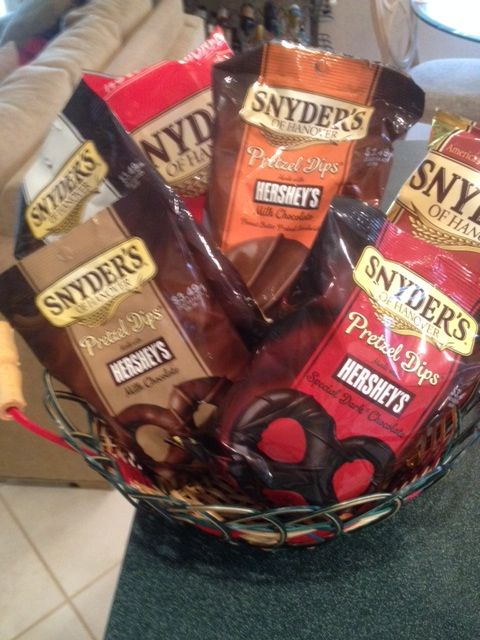 The pretzel collect from #SnydersofHanover were perfect for the holidays!