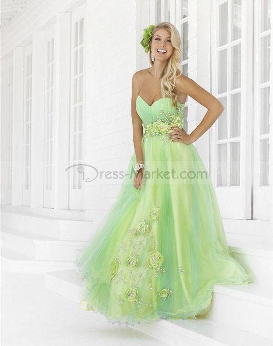 Love this dress soooo much!!