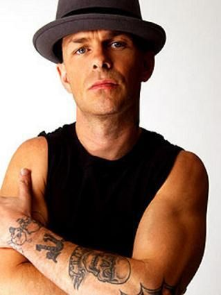 Tim Armstrong... He's getting older but he's still hot!
