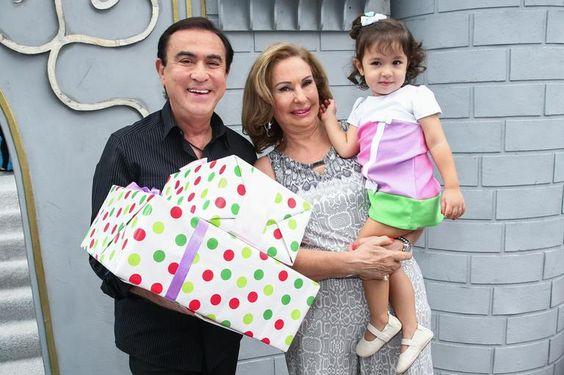 Dani Albuquerque comemora aniversário de 3 anos de sua herdeira, Alice