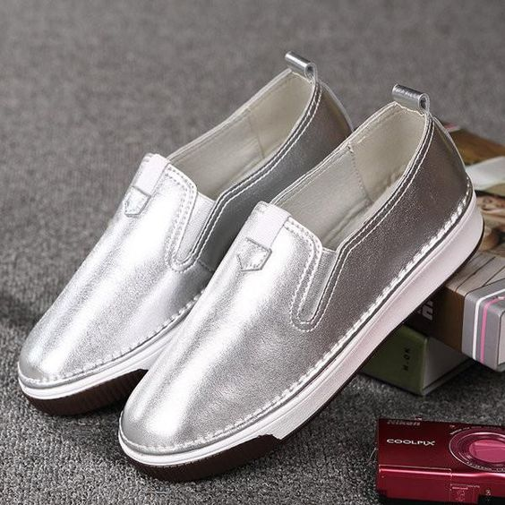 60 Comfortable  Shoes Every Girl Should Keep shoes womenshoes footwear shoestrends