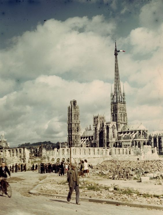 The Rouen Cathedral after the city's liberation