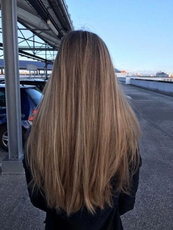 Long Straight Hair With Layers Coolest Hairs Color Trends In 2019 Trendy Hairstyles And Colors 2019 Women H Long Hair Styles Smooth Hair Straight Hairstyles