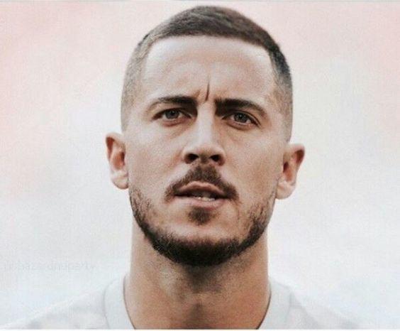 エデン アザールの髪型 2020最新 日本人でも似合う頼み方 セットを解説 Slope スロープ エデン アザール サッカー フランス サッカー ベルギー