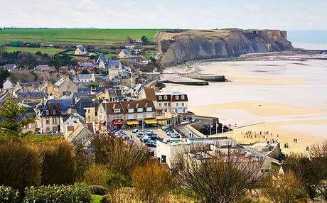 la spiaggia di Arromanches, in Normandia