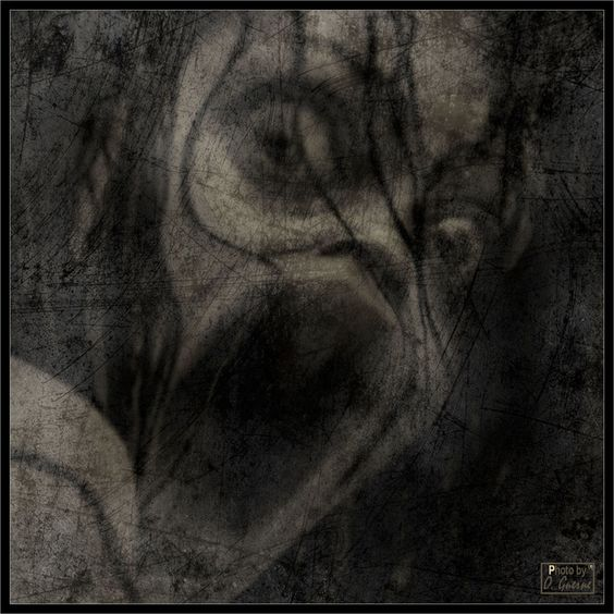 And here's one to haunt your nightmares.Terror I - baron-of-darkness at Deviantart.http://baron-of-darkness.deviantart.com/
