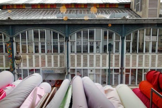 fabric heaven in Paris - le marché st Pierre -  2 rue Charles Nodier-75018 Paris Dreyfus Deballage