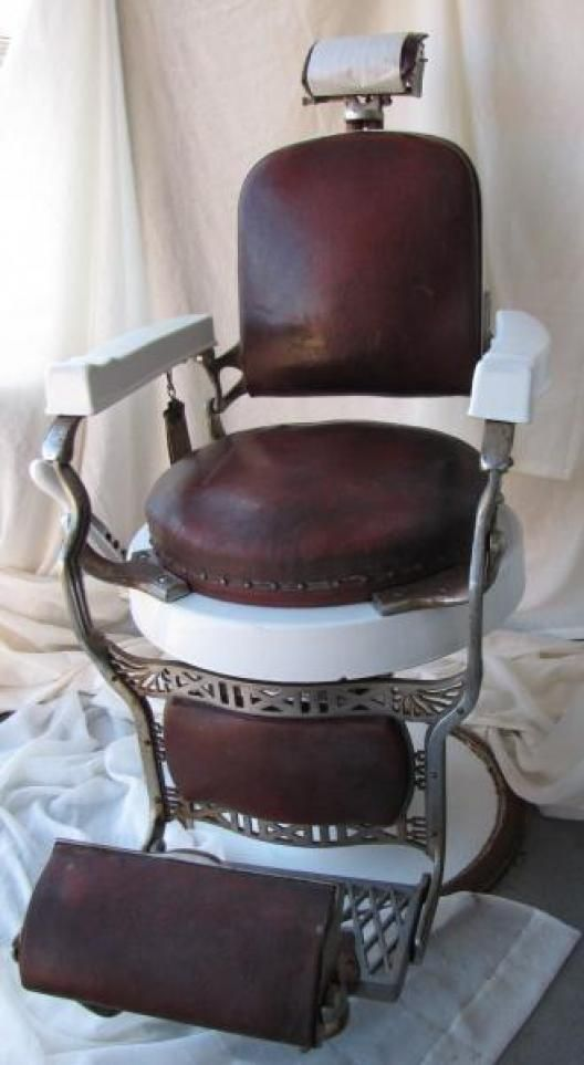 Antique barber chair koken instappraisal barber chairs poles signs etc pinterest - Deco klassiek koken ...