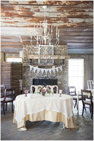 Reception decor | Ivory Door Studio | see more at http://fabyoubliss.com