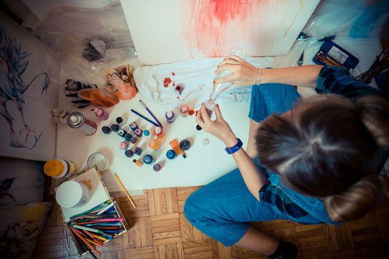 Todo mundo tem a capacidade de estimular sua criatividade. Use estas 5 técnicas simples para melhorar suas habilidades para pensar de maneira inovadora e solucionar problemas.