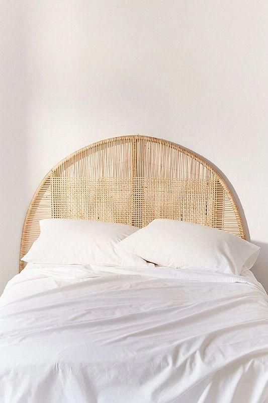Woven Lattice Headboard Your Bedroom Should Be A Tranquil Space And What Better Way To Keep Things Co Urban Outfitters Home Minimalist Decor Lattice Headboard