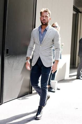 Combinar pantalon gris claro hombre buscar con google - Combinaciones con gris ...