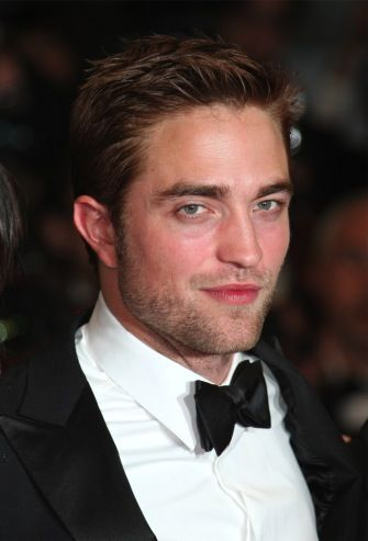 Robert Pattinson's New Girlfriend FKA twigs Not Seeking Fame - National Ledger