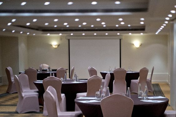 #RADISSONBLU #MARTINEZ #BEIRUT INTRODUCES LATEST #TECHNOLOGY IN THEIR #MEETING #ROOMS  See More at: http://bit.ly/1sHrQ0s