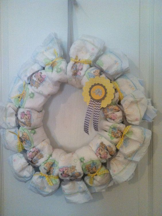 diaper wreath baby shower diapers baby showers diapers showers wreaths