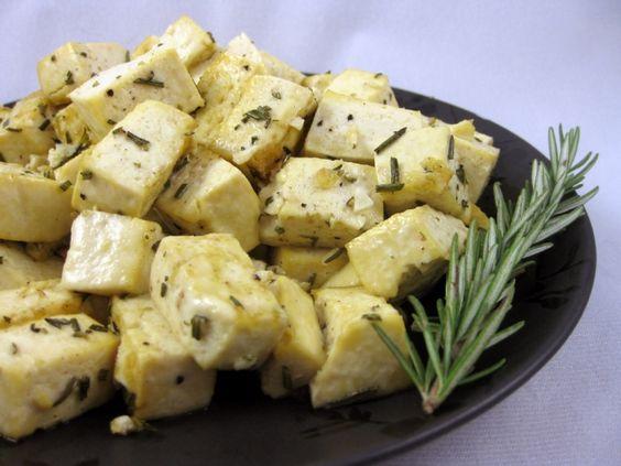 Garlic and Rosemary Tofu Bites | Tofu and Garlic